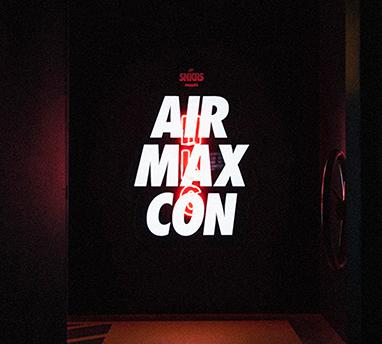 Nike Air Max Con